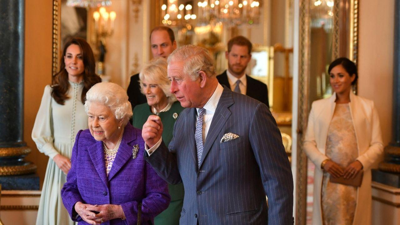 Las mejores series y películas de la familia real ...